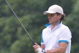 Gabriel DE GALZAIN, focus on his shot